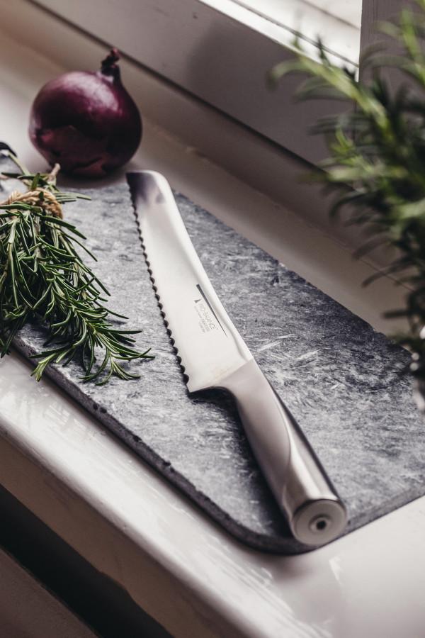 BREAD KNIFE 22 CM PRO-BALANCE_53b4f