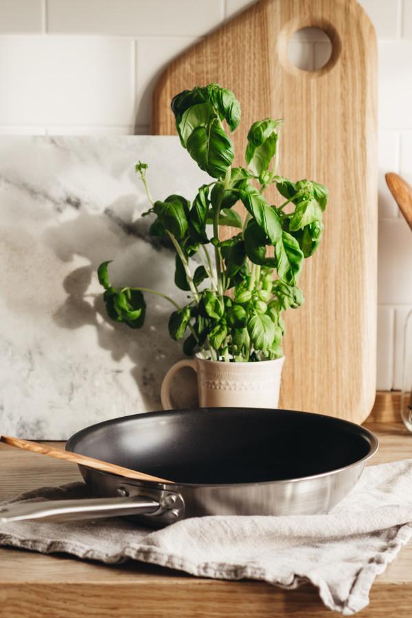 FRYING PAN 26 cm CERASAFE+  Pro_9525c